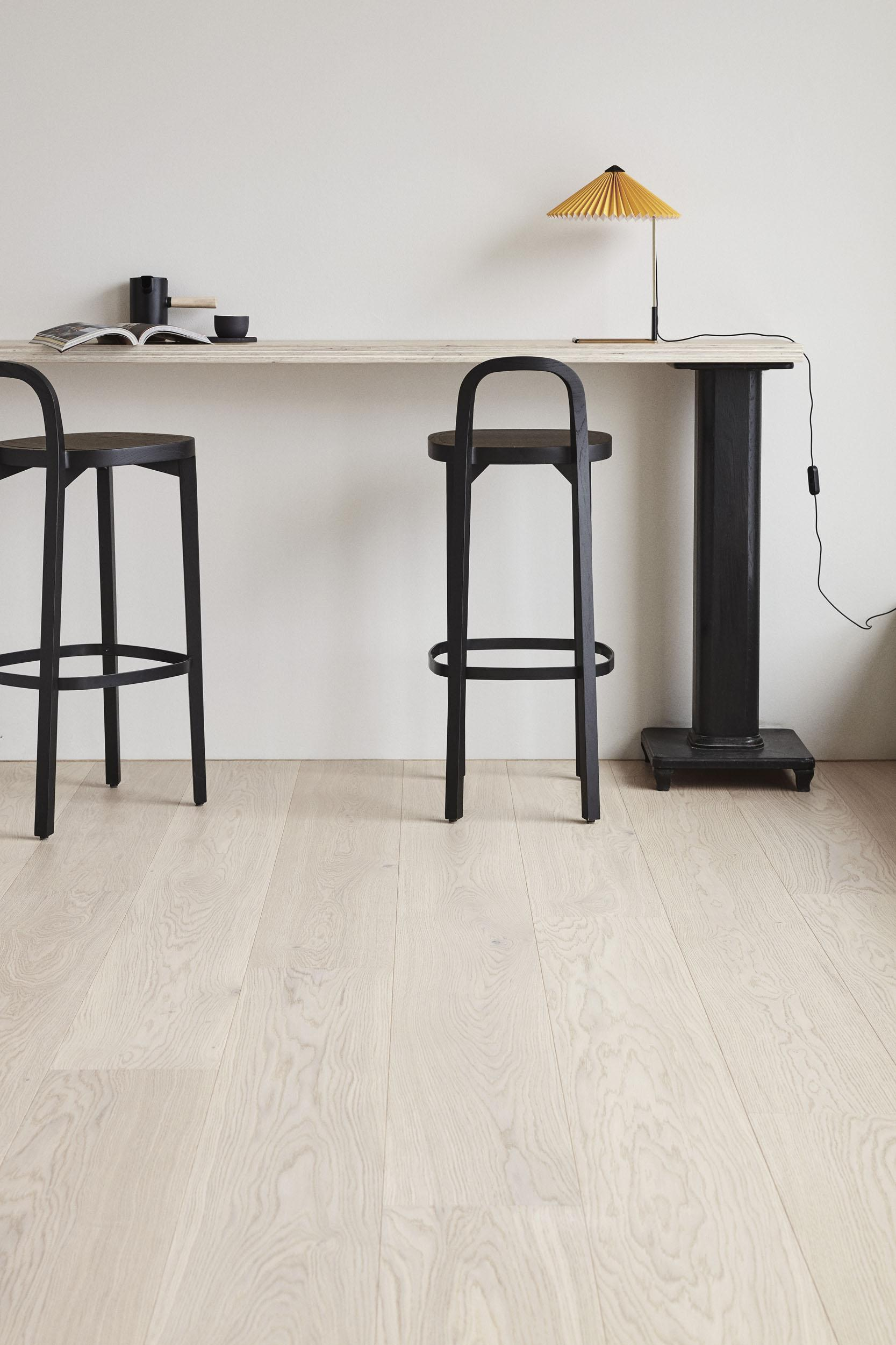 Timberwise-parketti-puulattia-wooden-floor-parquet-Tammi-Oak-sky-white