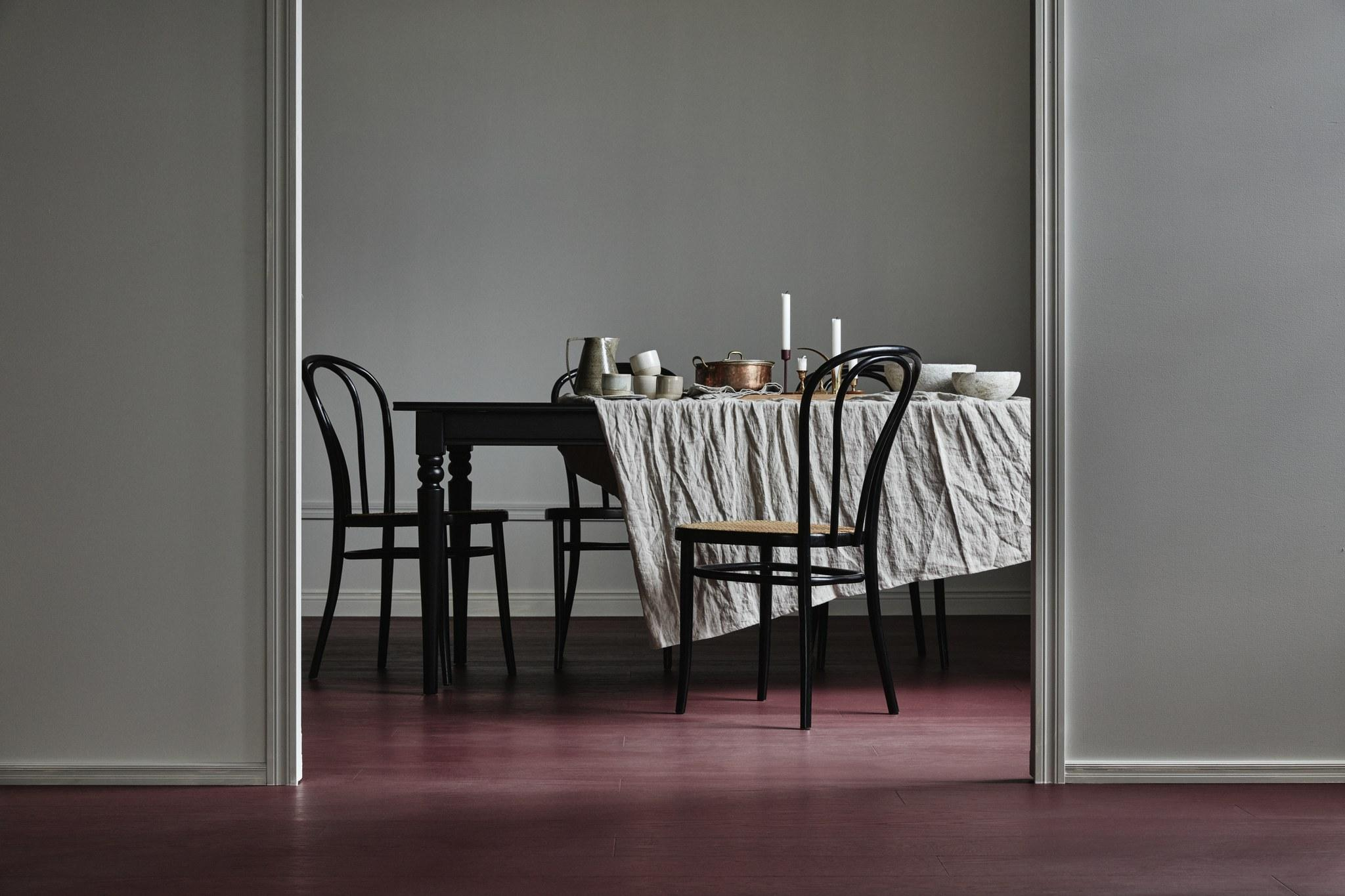 Timberwise-tammi-oak-burgundy-harjattu-brush-mattalakattu-matte lacquer-vaaka