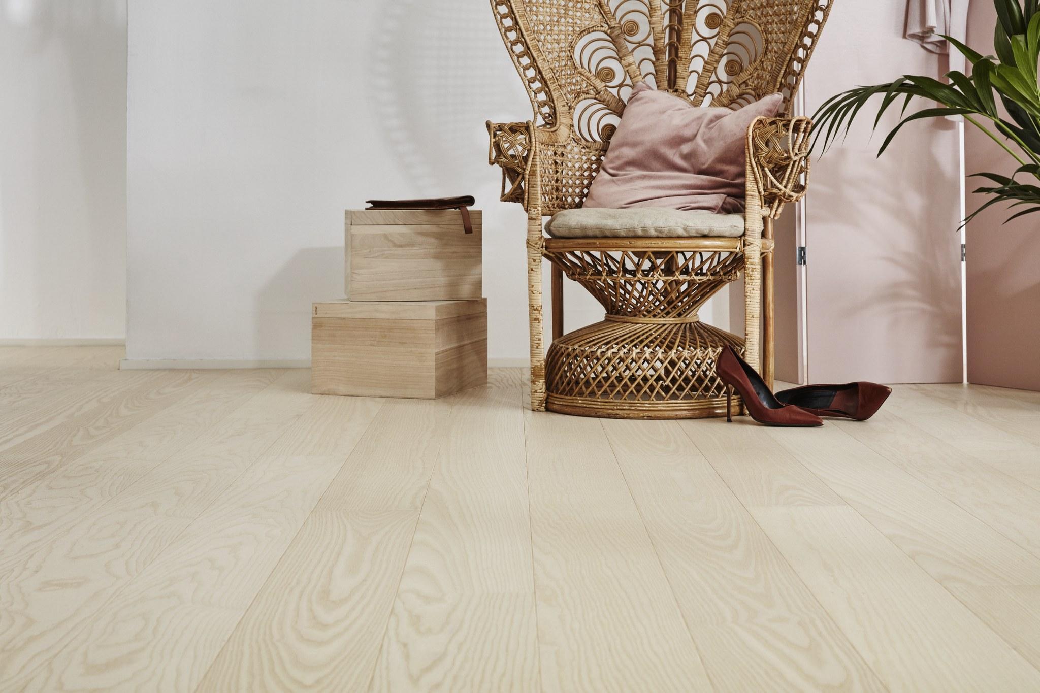 Timberwise Saarni Select Hiottu Sand Valkooljyvahattu Whitewaxoil Pysty
