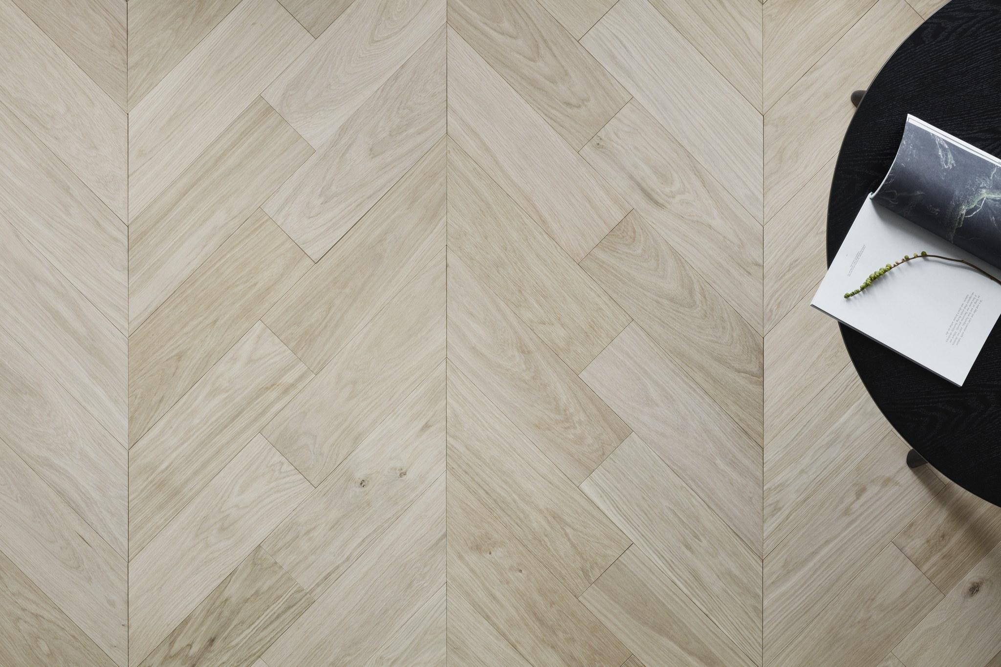 Timberwise Tammi Oak Design Floor Pala Chevron Lahikuva