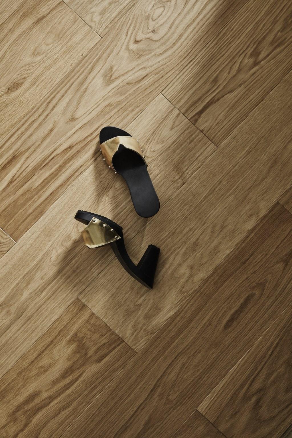 Timberwise Tammi Oak Tile Pattern 185x925mm Harjattu Brush Oljyvahattu Waxoil Lahikuva