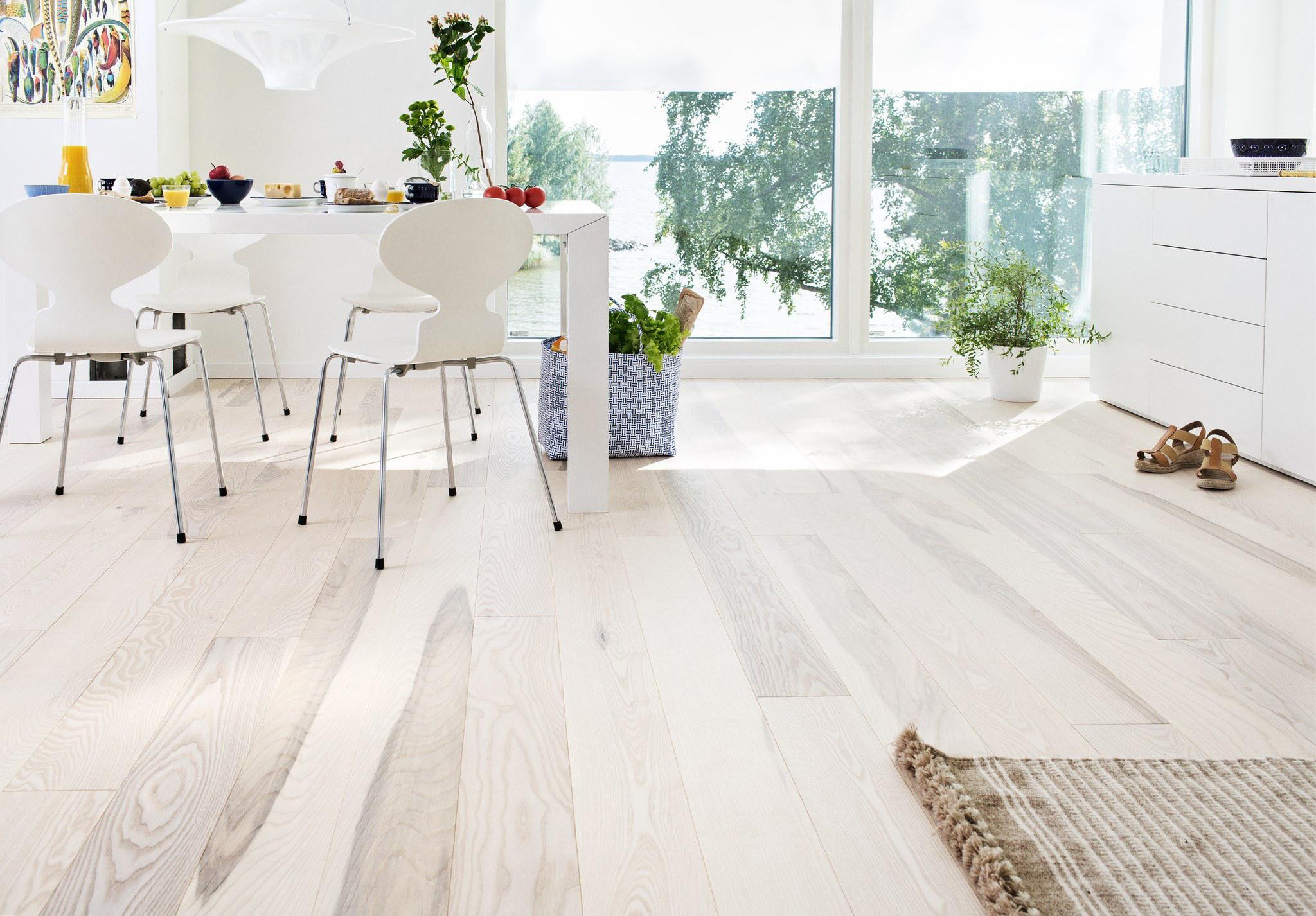 Timberwise-saarni-ash-olive-hiottu-sand-valkomattalakattu-white-matt-lacquered